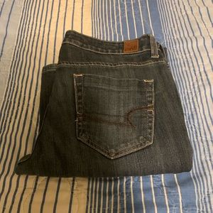 American eagle size 6 true boot jeans